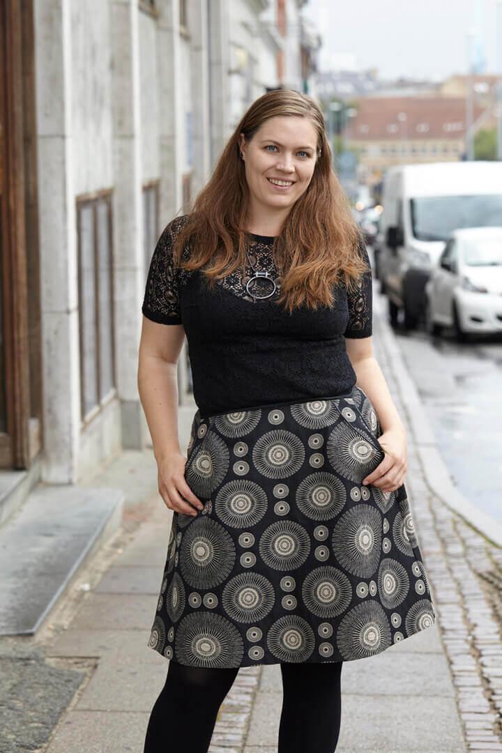 nederdel med vidde